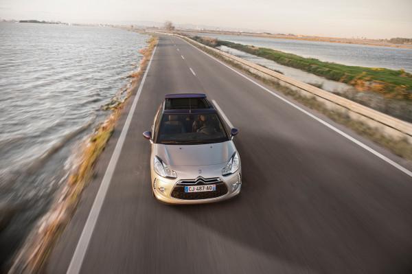 Citroen DS3 Cabrio Dach offen Front