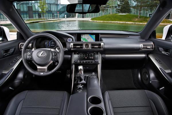 Lexus IS Innenraum