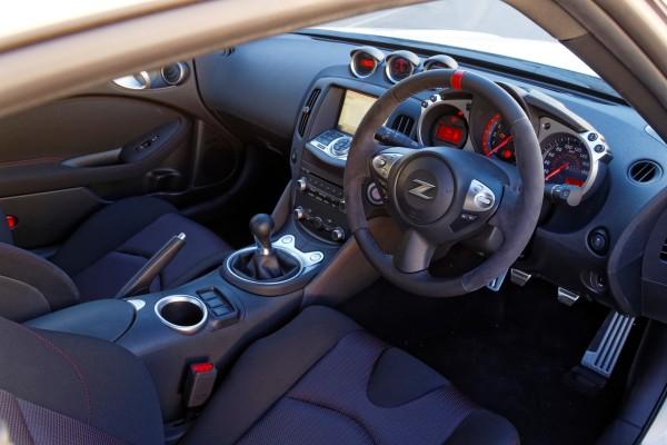 Nissan 370Z Nismo Innenraum
