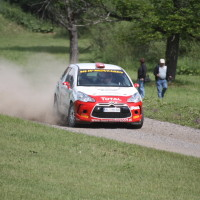 Schneebergland Rallye 2013 Citroen DS3 R3T Ebner Jaga Motorsport anbremsen