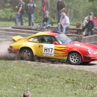 Schneebergland Rallye 2013 Porsche 911 SC Willi Polesznig anbremsen