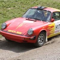 Schneebergland Rallye 2013 Porsche 911 SC Willi Polesznig Schotter