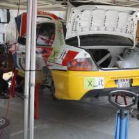 Schneebergland Rallye 2013 Service Mitsubishi Lancer Grössing Arbeiten