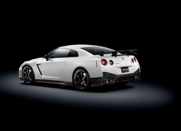 Nissan GT-R Nismo Heck