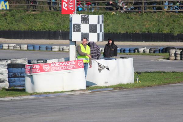 Race of Austrian Champions 2013 Zielflagge