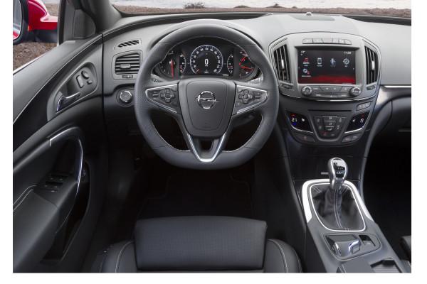 Opel-Insignia-OPC Innenraum