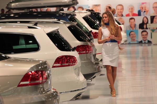 Vienna Autoshow 2013 Frau