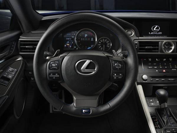 Lexus RC F Sportwagen Innenraum