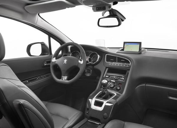 Peugeot 5008 Innenraum