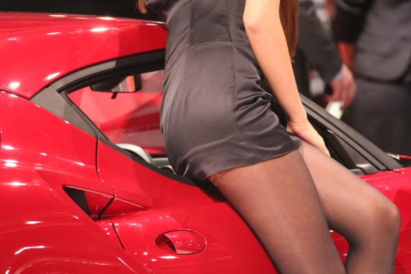 Vienna Autoshow 2014 Messe Girl Alfa Romeo 4C