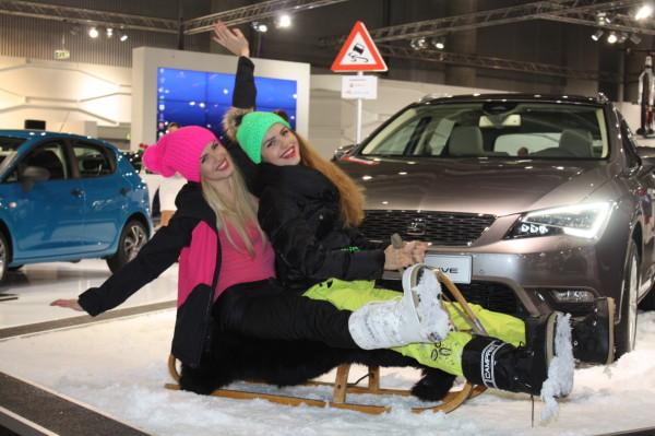 Vienna Autoshow 2014 Messe Girls