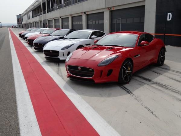 Jaguar F-Type R Coupé Aufstellung