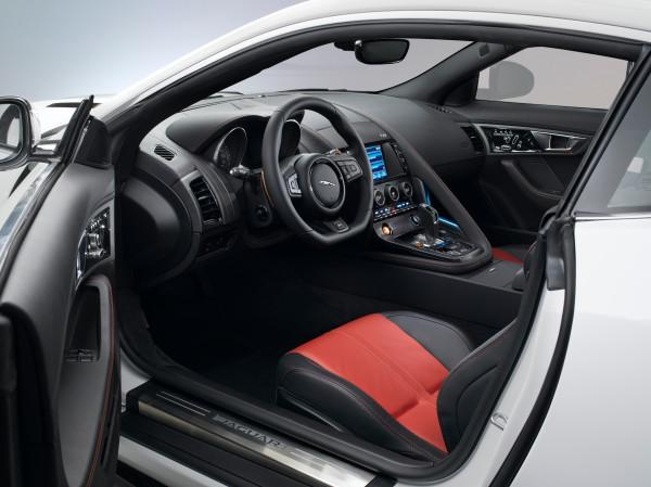 Jaguar F-Type R Coupé Innenraum