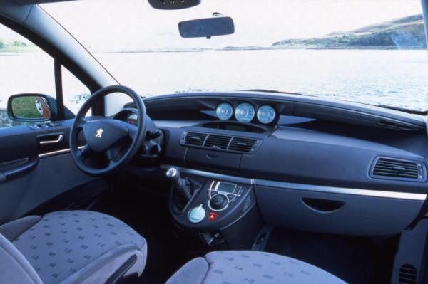 Peugeot 807 Armaturen