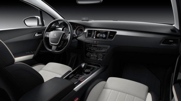 Peugeot 508 Innenraum