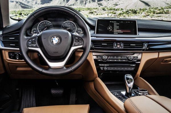 neue BMW X6  Innenraum, Exclusivleder Nappa, erweitert CognacSchwarz  Interieurdesign Pure Extravagance Cognac
