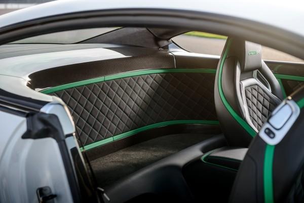 Bentley GT3-R Innenraum