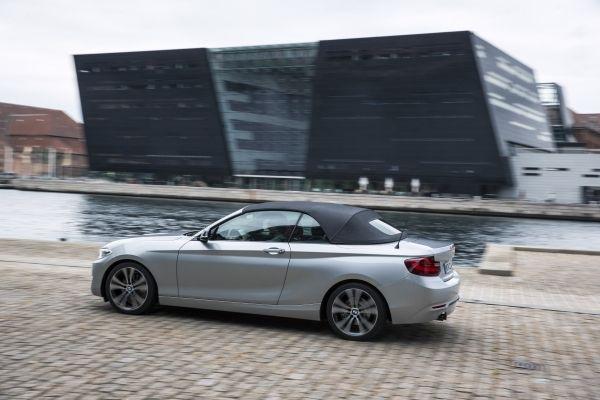 BMW 2er Cabrio Stoffverdeck Textil geschlossen