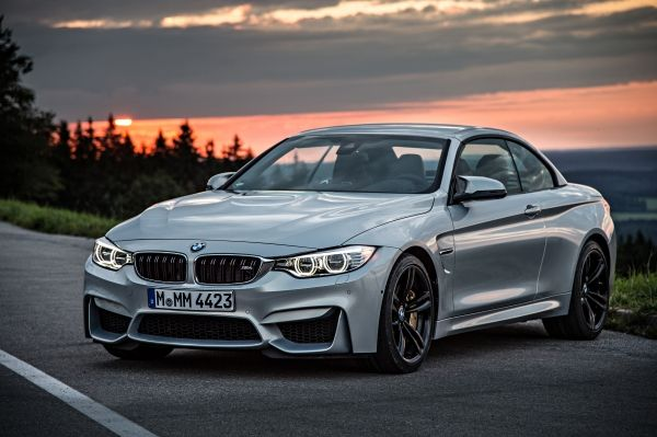 BMW M4 Cabrio Front Seite geschlossen