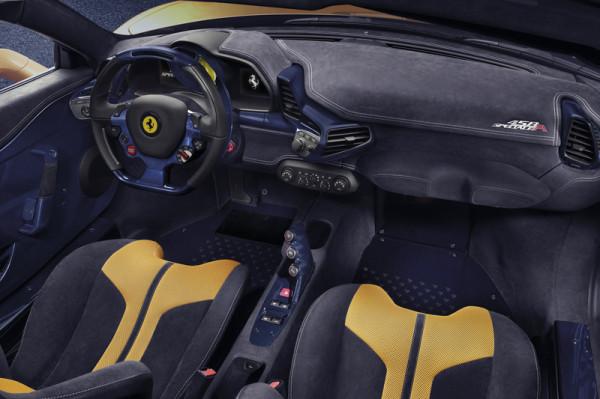 Ferrari 458 Speciale A Innenraum