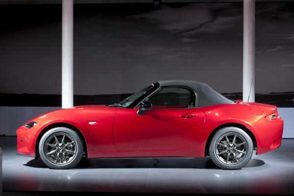 Mazda MX-5 geschlossenes Dachverdeck