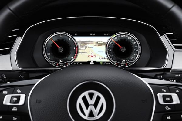VW Passat Cockpit