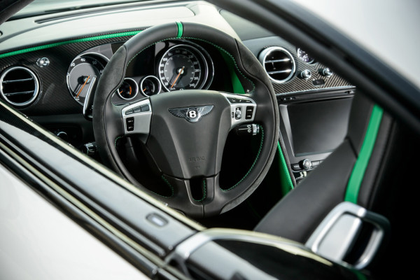 Bentley Continental GT3-R Cockpit