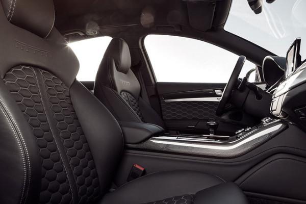 MTM Audi S8 Talladega Innenraum
