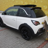 Opel Adam Rocks 18