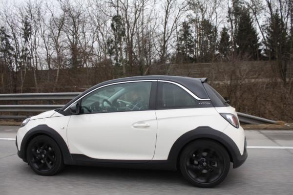 Opel Adam Rocks Autobahn Fahrt Test