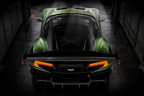 Aston Martin Vulcan Heck