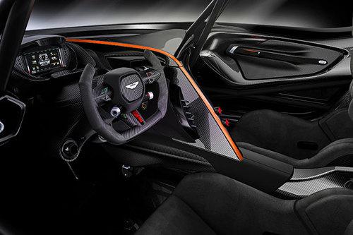 Aston Martin Vulcan Innenraum Cockpit