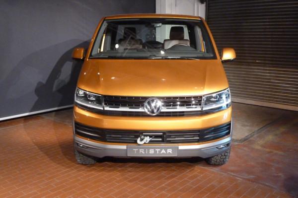 VW Bus T6 mit inneren Werten