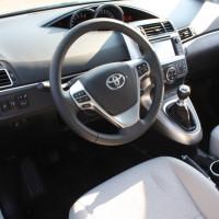 Toyota Verso Cockpit
