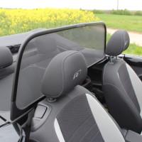 VW Beetle Cabrio Windschott