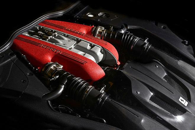 Ferrari F12tdf Motor
