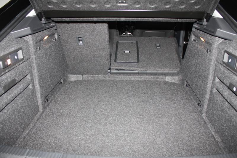 Skoda Superb Kofferraum umklappbar Rückenlehne