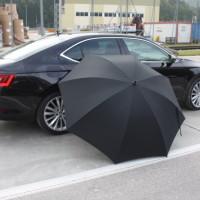 Skoda Superb Neu Regenschirm