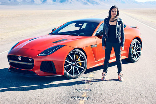 High-Speed-Test im Jaguar F-Type SVR mit Michelle Rodriguez