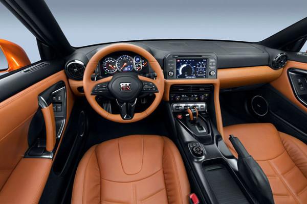 Nissan GT-R Innenraum Facelift