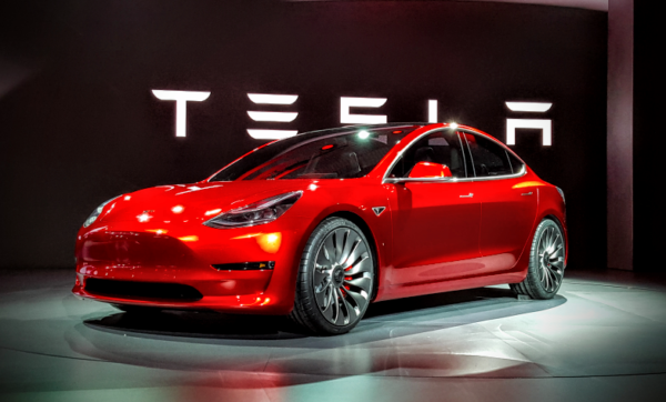 Die Erfolgsstory bei Tesla geht weiter, es folgt das Model 3 !