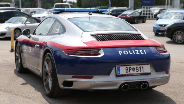 Polizei Porsche BP911